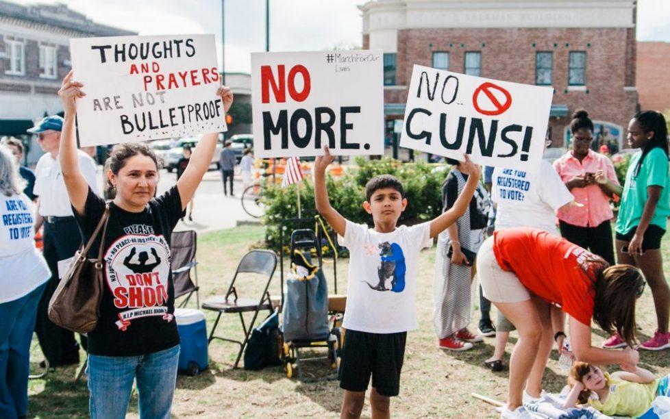 GUn violence picture